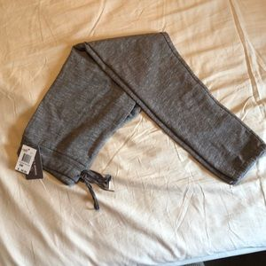 NWT- Threads 4 Thought Weekender jogger
